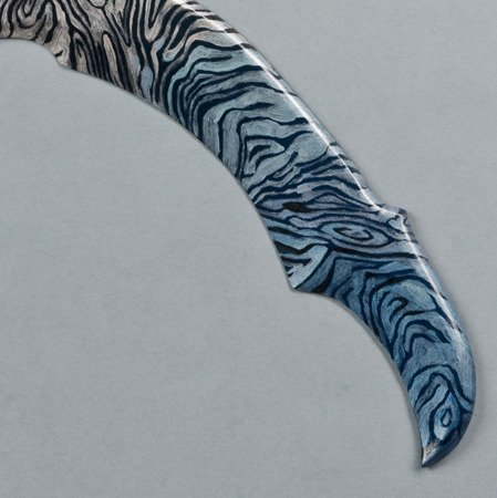 Predator Karambit Damascus Fade returning boomerang